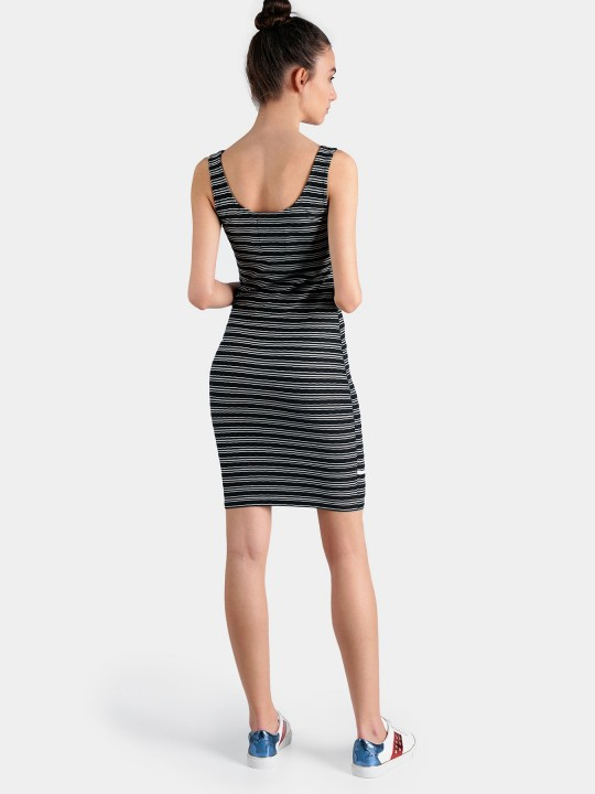 Superdry šaty Sienna chevron textured mini Čierna